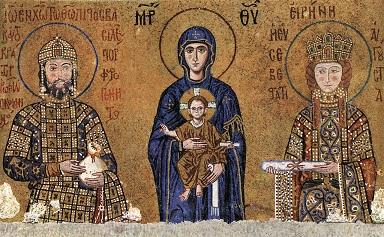 Szent Piroska férjével, II. János császárral a Kisded Jézust tartó Madonna két oldalán