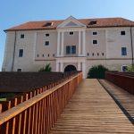 Pályázat – Az Ozorai várkastély története